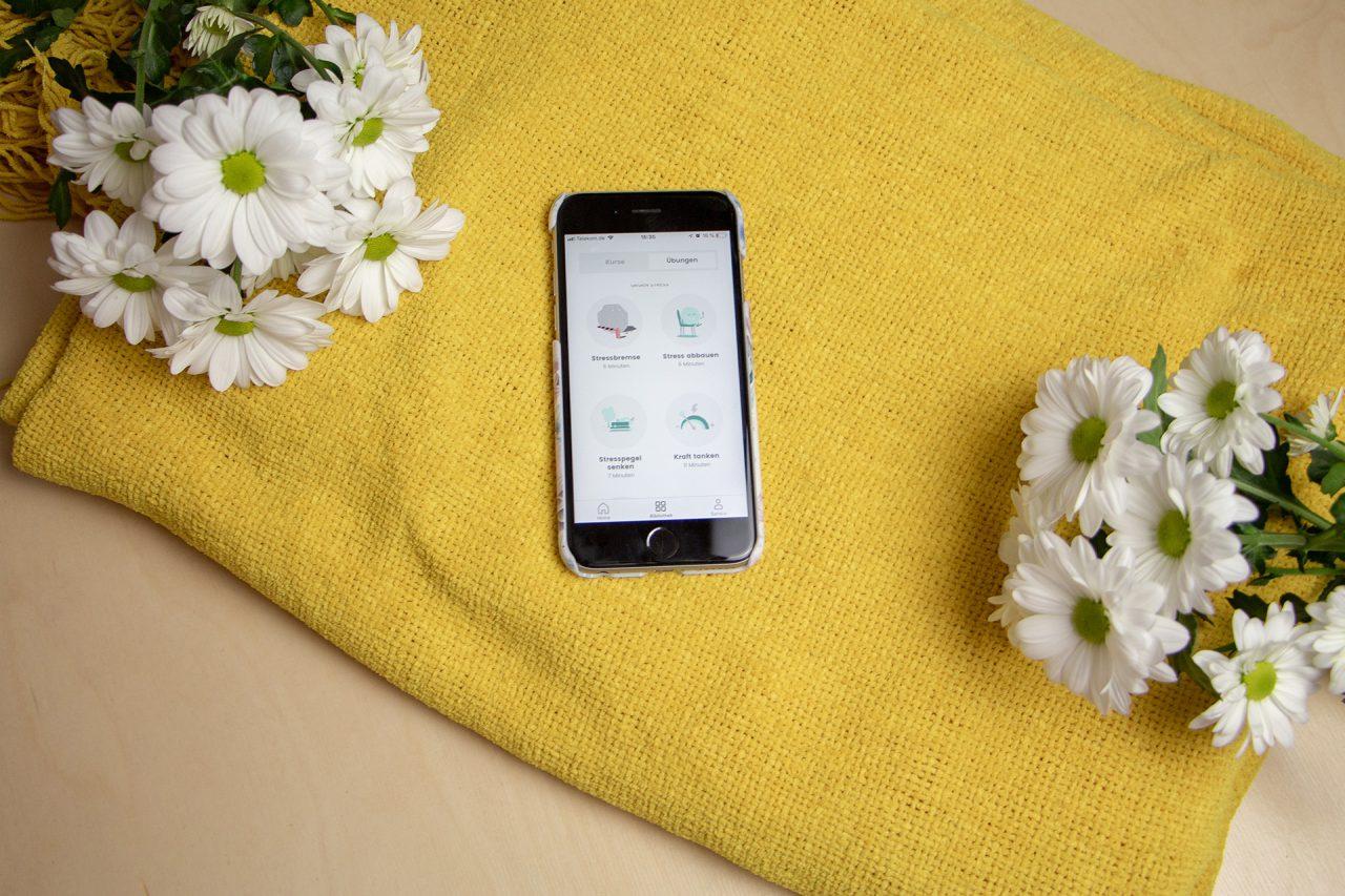 App Balloon geöffnet auf Smartphone für mehr Gelassenheit und Achtsamkeit
